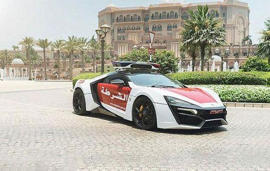 ماشین جدید پلیس دبی چشم ها را به خود خیره می کند + تصاویر