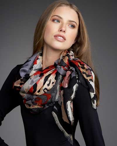 متفاوت ترین مدل های شال و دستمال گردن (عکس)