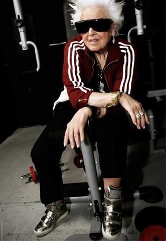 پیرترین زن دی جی جهان (عکس)