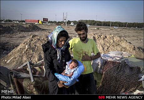 این نوزاد در کنار اتوبانی در تهران به دنیا آمد