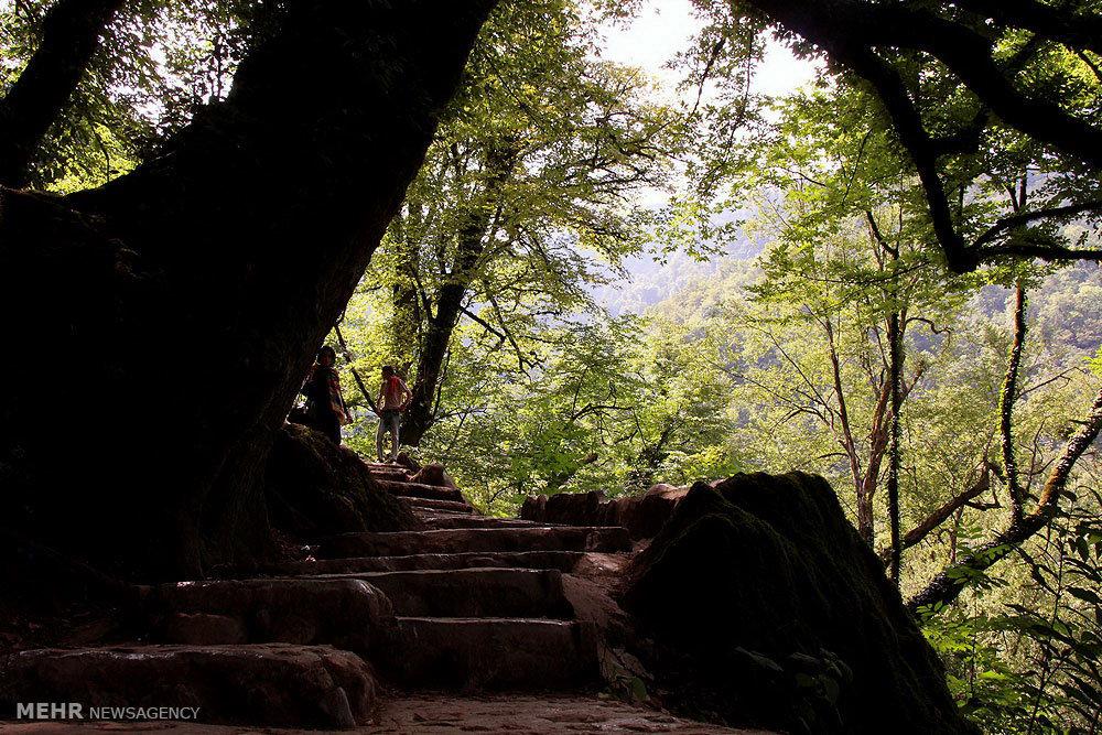 قلعه تاریخی رودخان در شهر فومن (عکس)