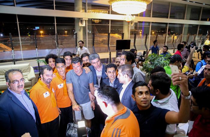 تصاویری از اسطوره های فوتبال جهان در ایران