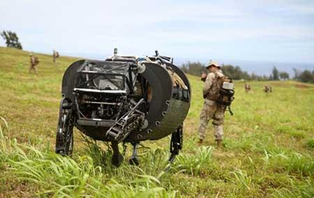 طراحی روباتی به شکل سگ برای پلیس