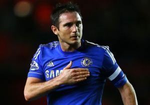 پوشیدن دامن صورتی توسط فوتبالیست معروف (عکس)