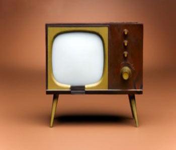چند نکته برای بیشتر شدن عمر تلویزیون در منزل