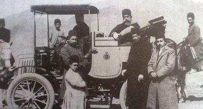 تصویر جالب از نخستین خودرو در خیابان های تهران