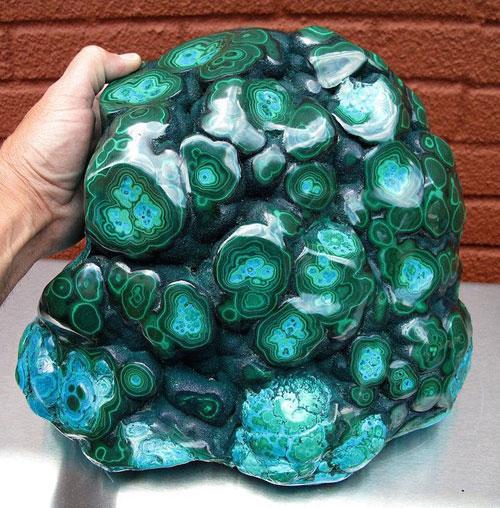 تصاویر دیدنی از سنگ معدنی شگفت انگیز سبز رنگ