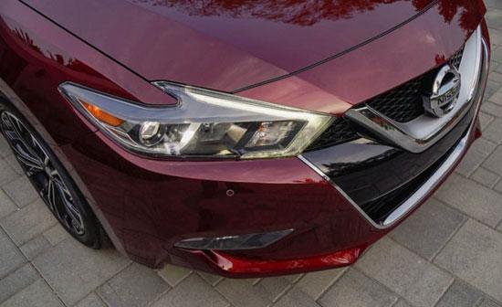مشخصات خودروی زیبای ماکسیما 2016