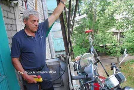 پارکینگ جالب موتور این مرد روسی (+عکس)