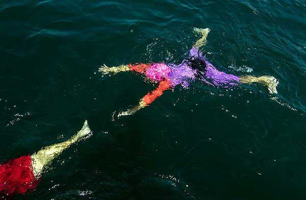 برترین شناگر آسیا دختر ۱۰ ساله گیلانی (تصاویر)