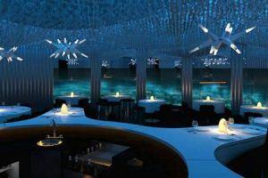 رستورانی بی نظیر در اعماق اقیانوس + تصاویر