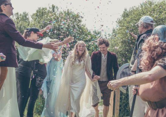 تصاویر دیدنی از عروسی خاص به سبک هابیت ها