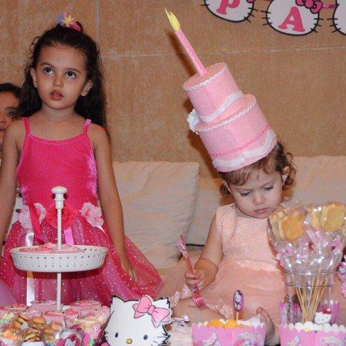 عکس شاهرخ استخری در روز تولد دخترش
