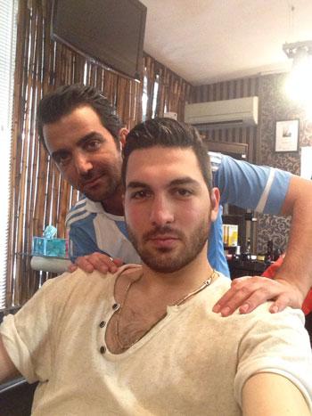 گفت و گویی کوتاه با آرایشگر بازیکنان فوتبال و بازیگران