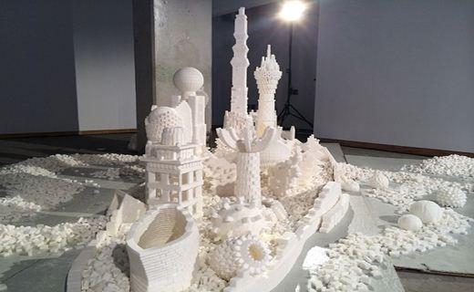 شهر شیرین ساخته شده از هزاران قند + تصاویر