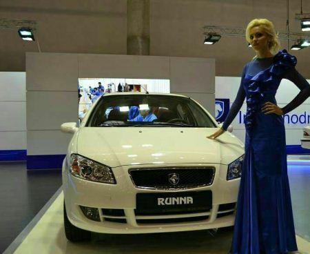 تصاویر استقبال جالب از خودروهای ایرانی در نمایشگاه روسیه