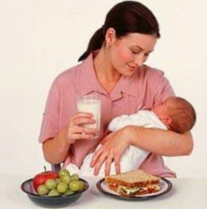 خوردن این غذاها برای مادران شیرده مضر است