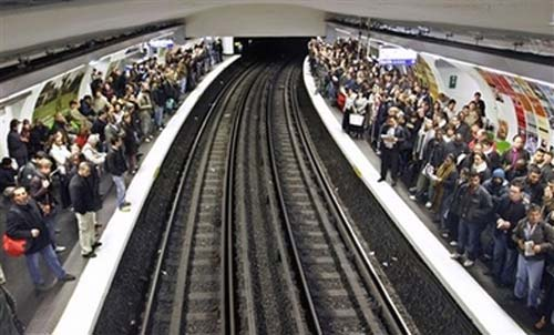 خطر آفرین ترین متروها در دنیا + تصاویر