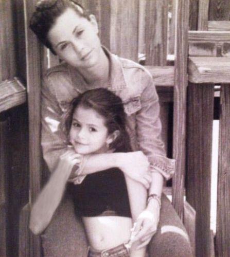 عکس های دیدنی از سلنا گومز و مادرش