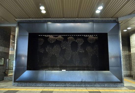 خلق تصاویر بی نظیر توسط فواره ای هوشمند در ژاپن