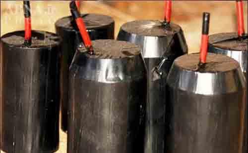 تصاویری از کارگاه بمب سازی داعش