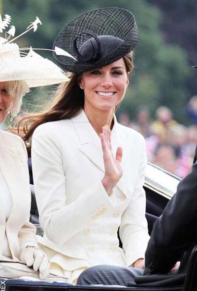 عکس های شیک پوش ترین زن بریتانیایی