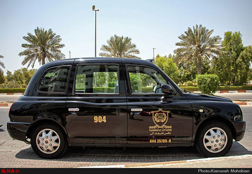 تاکسی کلاسیک لندن در ایران (+عکس)