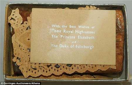 مزایده کیک عروسی ملکه الیزابت انگلستان (عکس)