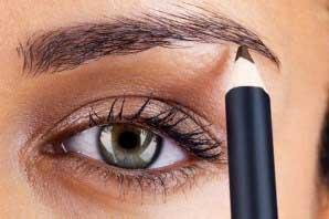 روش درست استفاده کردن از مدادهای ابرو