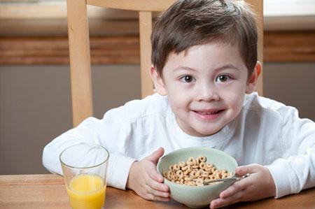 چگونه یک صبحانه مقوی تهیه کنیم؟