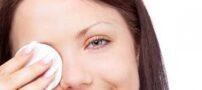 پاک نکردن آرایش چشم مضر است