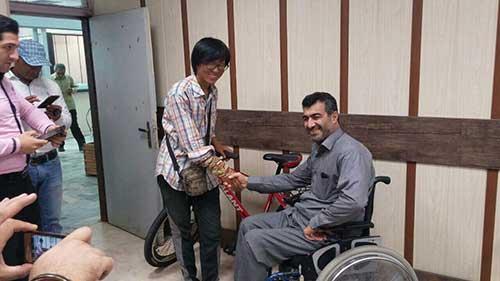 رفتار جالب مردم محمودآباد با جهانگرد چینی