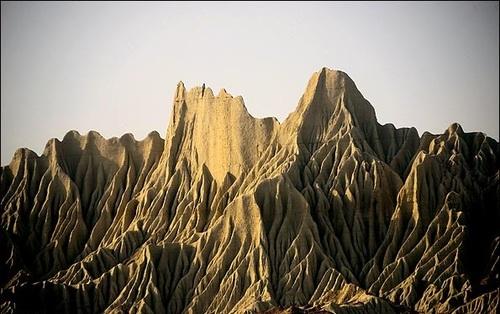 آشنایی با سکونت گاه جن ها در چابهار (+عکس)
