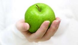 سلامتی با خوردن روزانه یک سیب