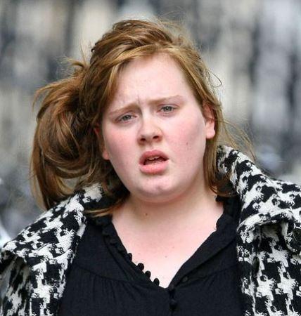 چهره دیدنی خواننده معروف زن بدون آرایش