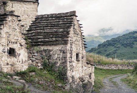 آشنایی با شهر عجیب مردگان روسیه (عکس 16+)