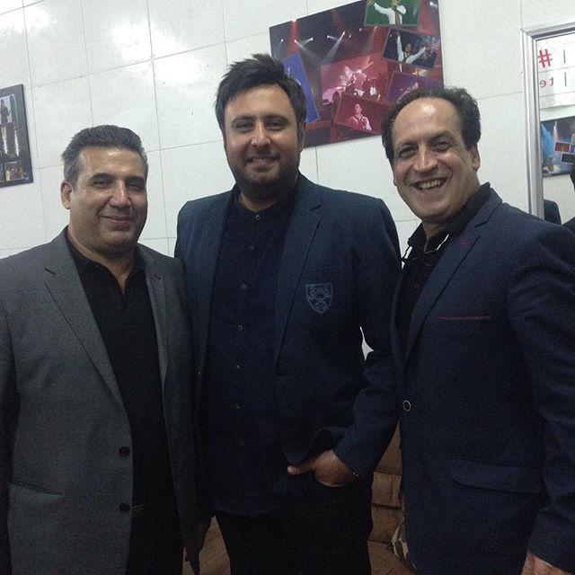 عکس از مجری تلویزیون بهمن هاشمی با محمد علیزاده در کیش
