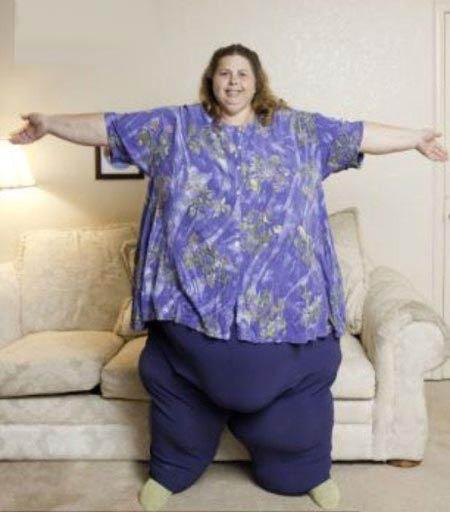 چاق ترین زن دنیا با 317 کیلوگرم وزن + عکس