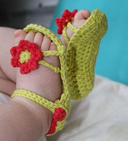 مدل های جدید پاپوش های بافتنی نوزاد
