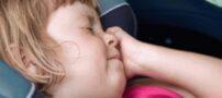 مقابله با بیماری حرکت یا ماشین گرفتگی کودک