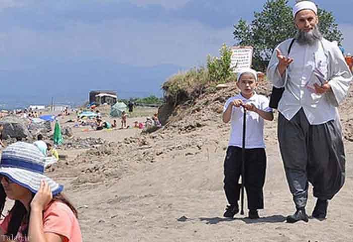 نهی از منکر مردم در سواحل استانبول