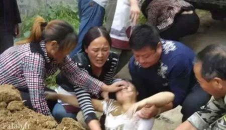 زنده به گور شدن یک زن توسط مامور شهرداری + عکس