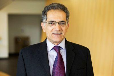 نابغه ایرانی که 18 دکترا دارد + عکس