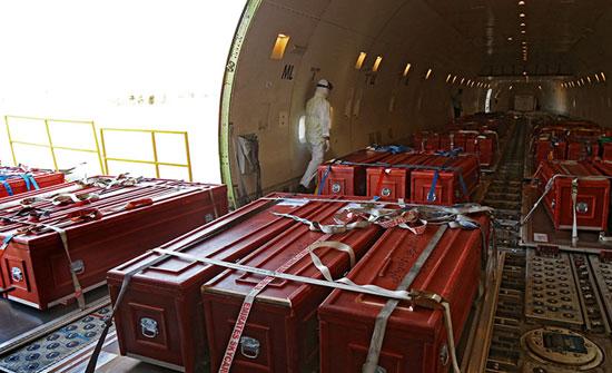 تصاویر دیدنی از بازگشت هواپیمای حامل پیکر حجاج منا