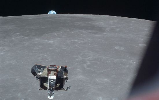 عکس های بی نظیر و شگفت انگیز از سطح کره ماه
