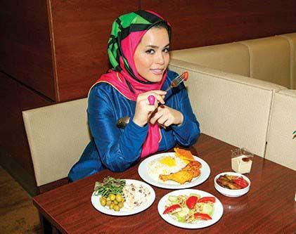 آشپزی را با ملیکا شریفی نیا تجربه کنید
