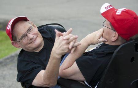 پیرترین دوقلوهای به هم چسبیده دنیا (عکس)