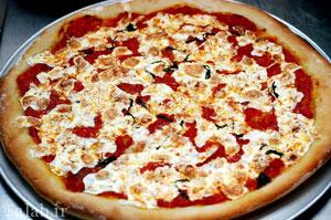 طرز تهیه پیتزا مارگاریتا لذیذ و متفاوت