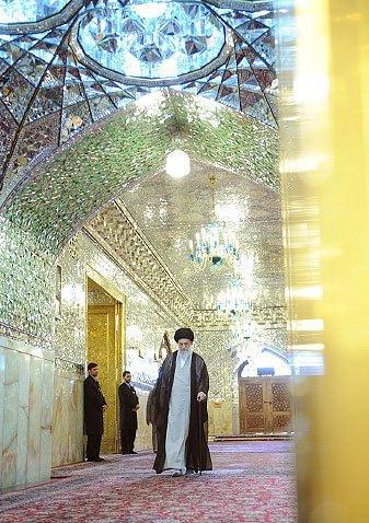 تصاویر زیبا از حضرت غبار روبی عاشقی توسط آیت الله خامنه ای