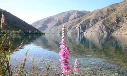 دریاچه دوقلوی گهر با قدمتی بالغ بر 30 میلیون سال